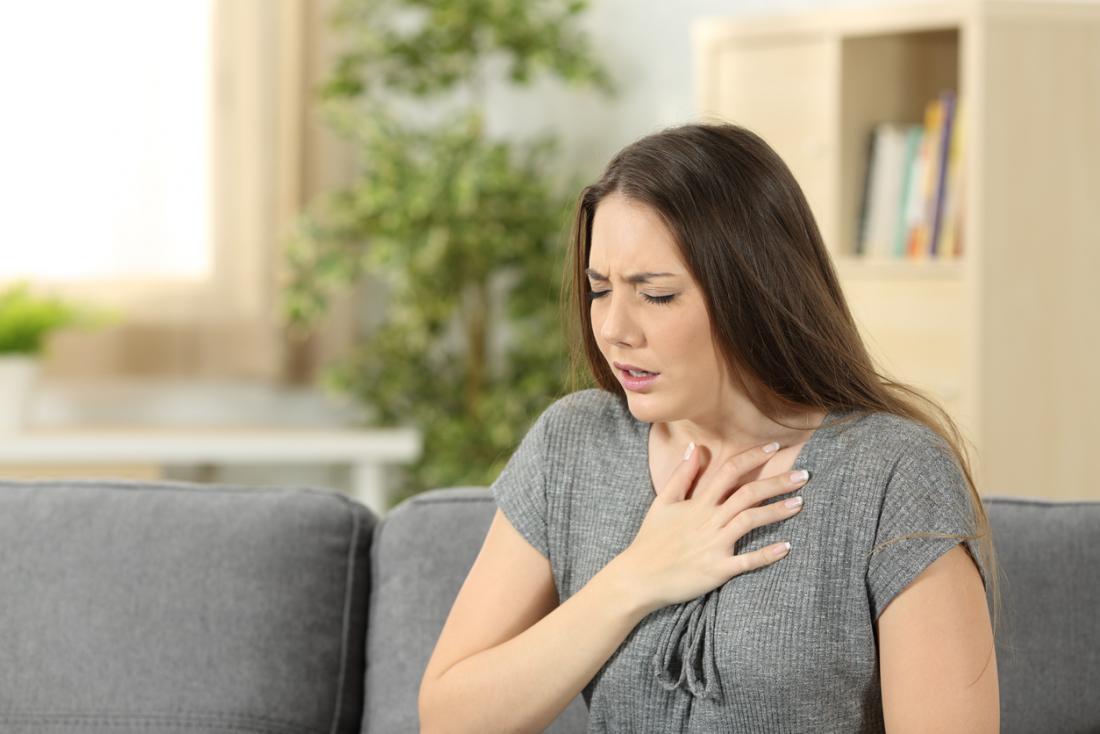 femme souffle coupé
